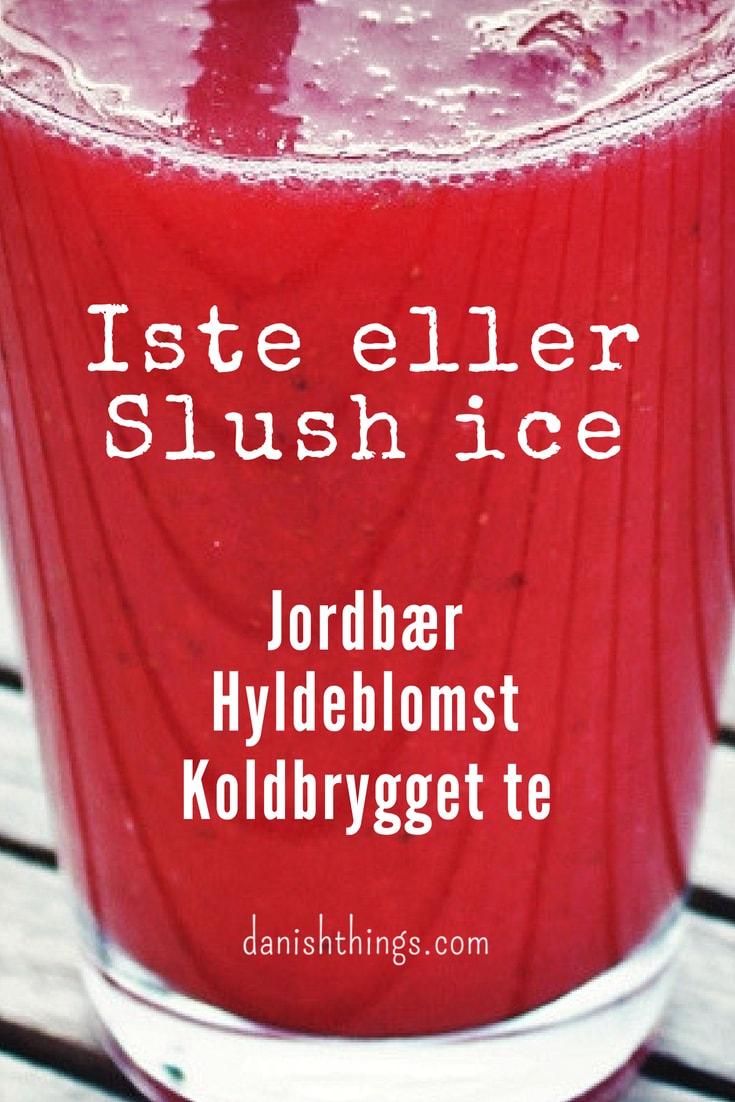 Jordbær-hyldeblomst iste eller slush ice på 5 minutter. Lav en lækker jordbær-hyldeblomst iste med koldbrygget te. Lav din iste med den konsistens, som du bedst kan li', som almindelig iste, slush ice eller sorbet. Find opskrifter, gratis print og inspiration til årets gang på danishthings.com #DanishThings #spisnaturen #hyldeblomst #jordbær #sommer #spissommeren #iste #slushice #hyldeblomstsaft #drik #jordbær-hyldeblomstiste #jordbær-hyldeblomstslushice #kolddrik #koldbrygget #koldbrygget-te #opskrift #sommerdrik #sorbet #te #tørstslukker