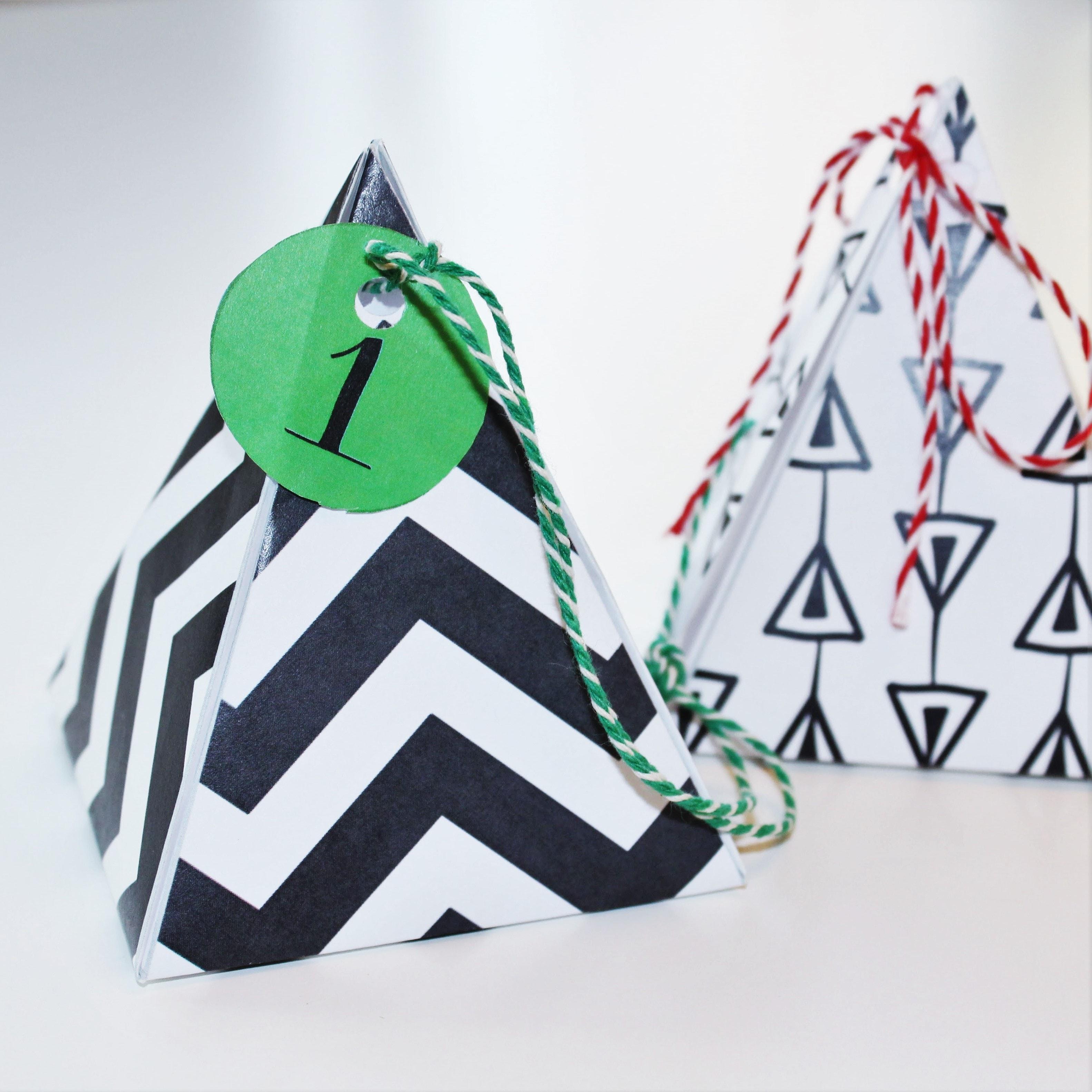 Indpakning - dekoration - gavemærker - gavemærkater - til-fra kort. Lav selv gaver, pak dem fint ind. Find inspiration til din jul, gratis print og opskrifter på danishthings.com.