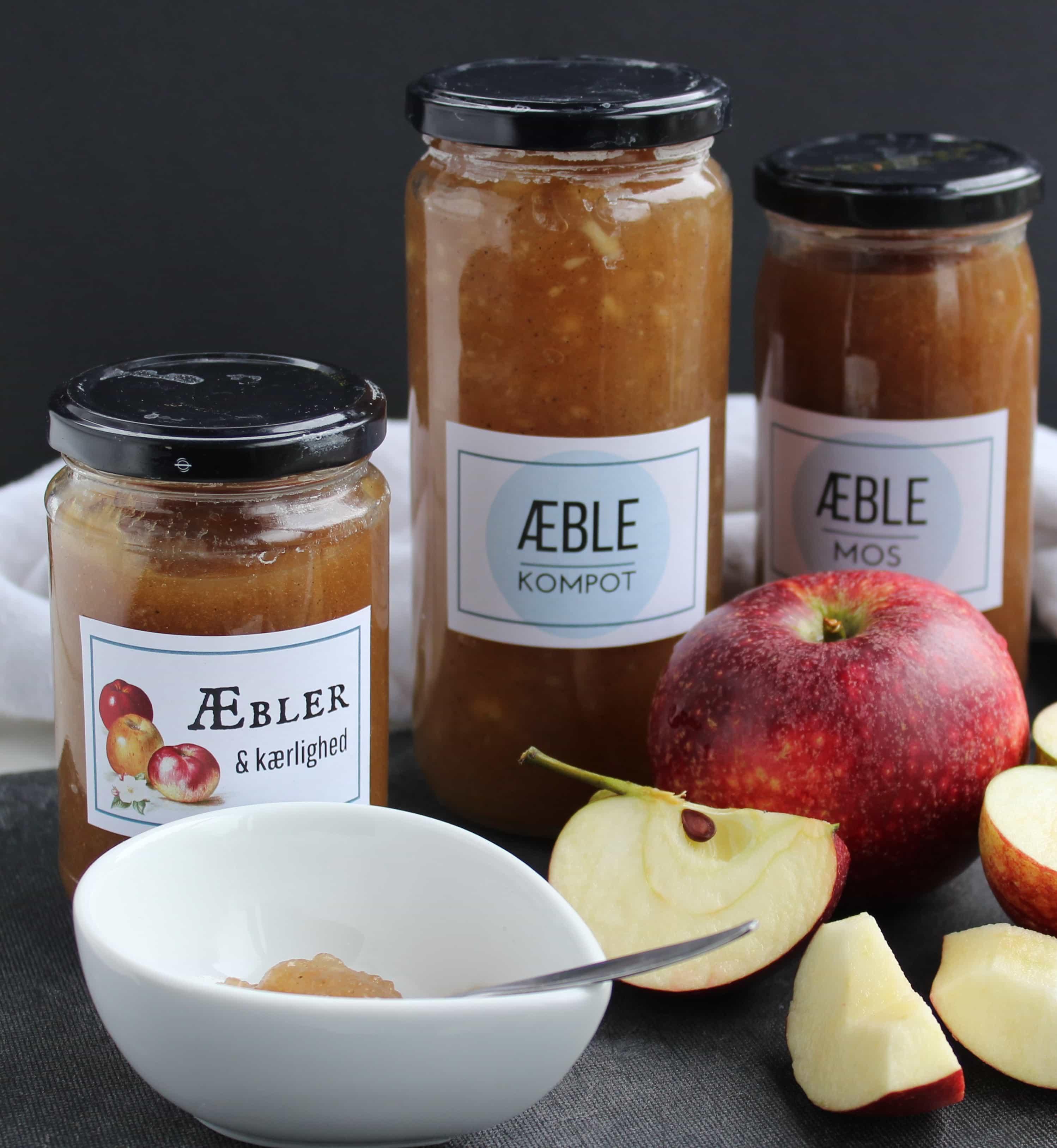 Æblemos med vanilje - æblekompot eller æblemarmelade. Få opskrifter på kager og desserter, hvor du kan bruge æblemos. Find opskrifter, gratis print og inspiration til årets gang på danishthings.com #DanishThings #æblemos #æblekompot #æblemarmelade